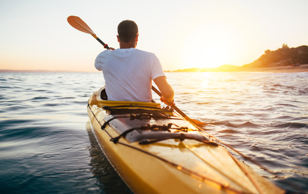 safety tips for kayaking solo